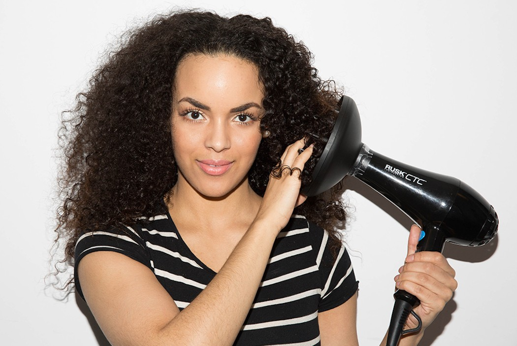 Dry your hair Wash and Go